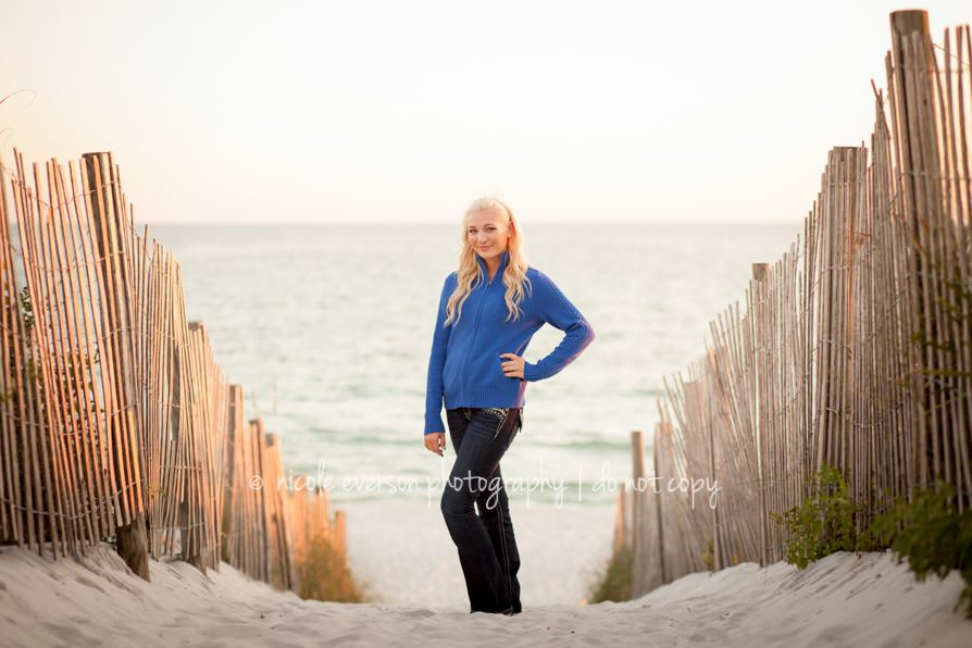 beach senior picture