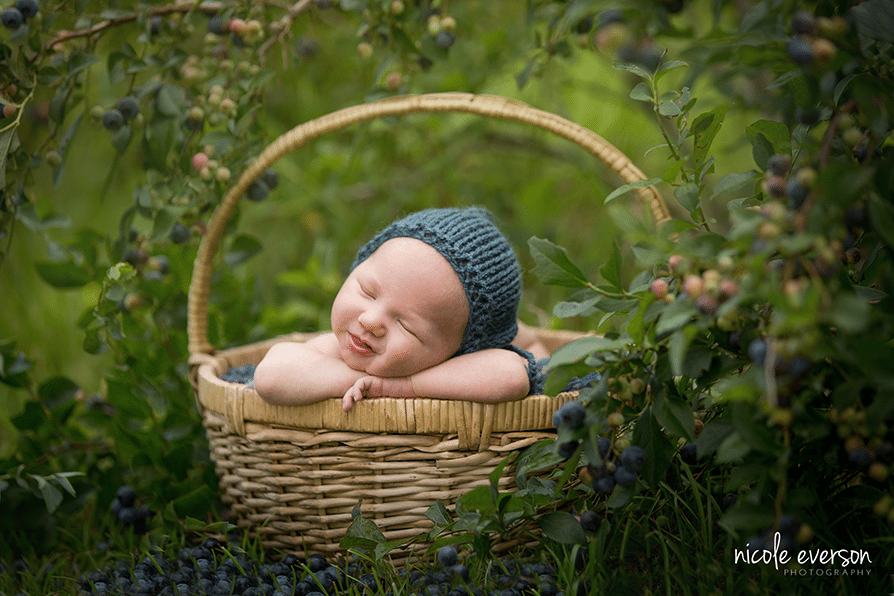Blueberry Baby | Chipley, FL Newborn Photographer